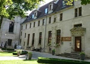 hotel-de-bourbon-mercure-300x214